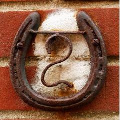 Supersticiones dentro del hogar blog gauus - Evitar la mala suerte ...