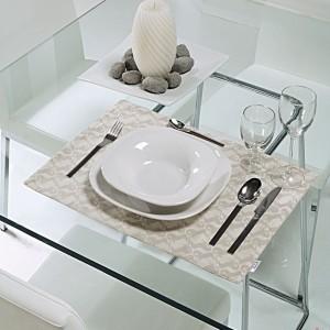 Consejos para poner la mesa cuando hay invitados blog gauus for Como poner una mesa bonita