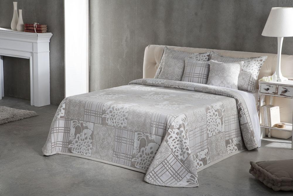 Colchas de cama manuel revert y cia blog gauus - Colchas de lujo ...